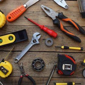Tools / Hardware